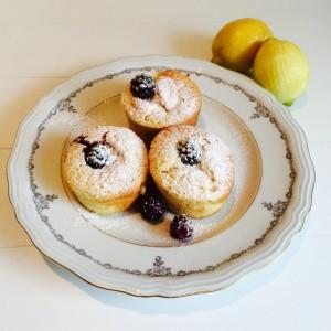 ontbijt muffins met citroen en bramen